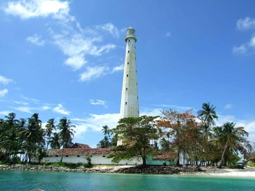 Menjelajah Bangka Belitung