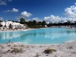 belitung danau kaolin