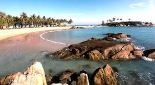 belitung pantai batu