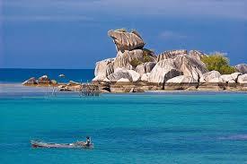 belitung pantai tanjung kelayang