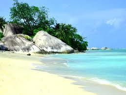 belitung pulau babi